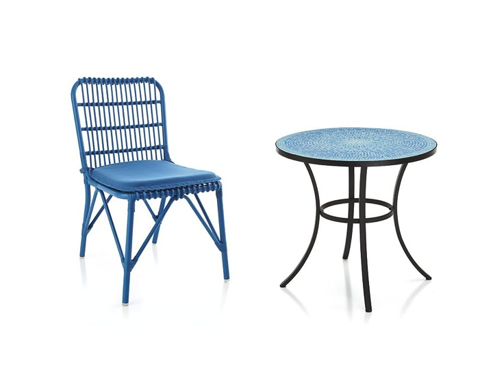 Crate and Barrel, outdoor